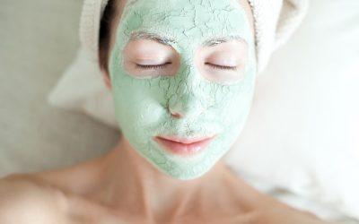 Revitaliser sa peau avec de l'argile naturel
